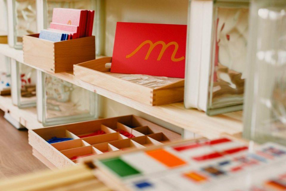 Explorer la pédagogie Montessori